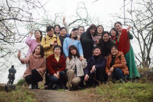 市农技总站开展三八妇女节活动